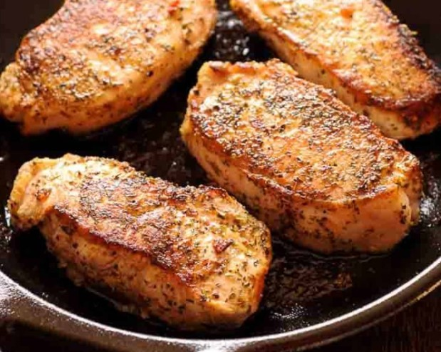 Simple Pan Seared Pork Chops